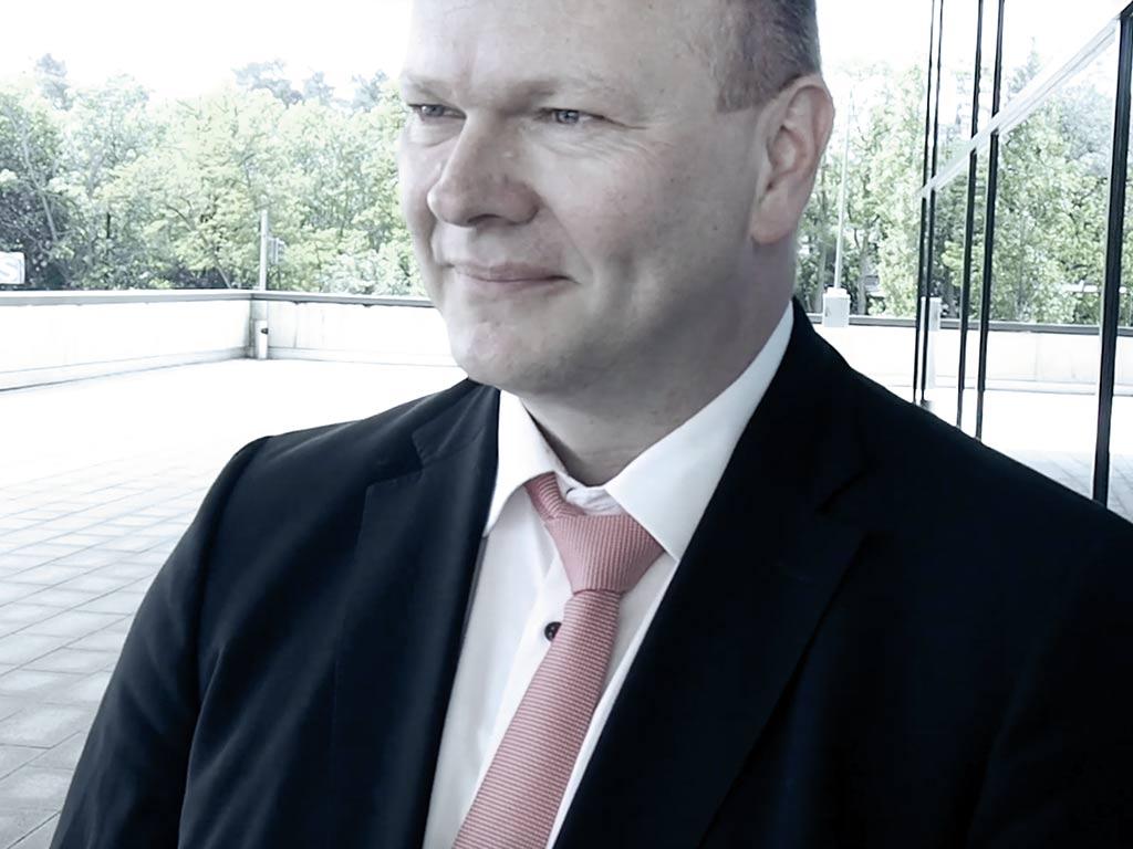 Dr Detlef Loppow im Interview ueber digitalen Informationsaustausch im Gesundheitswesen