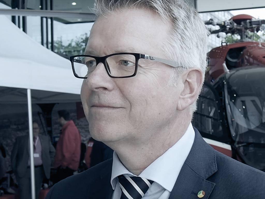 Dr Joerg Noetzel im Interview ueber Digitalisierung als Stütze im Krankenhauswesen